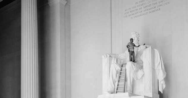 Lincoln Memorial undergoing cleaning in 1991