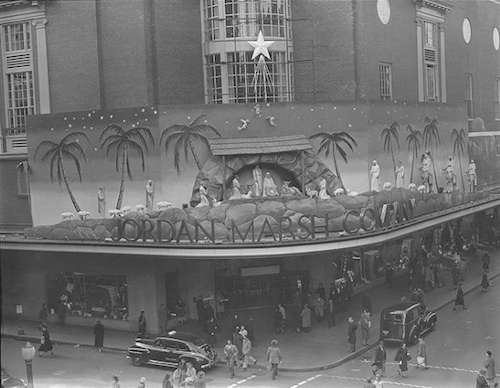 Jordan Marsh nativity scene, 1950. Photo courtesy Boston Public Library, Leslie Jones Collection.