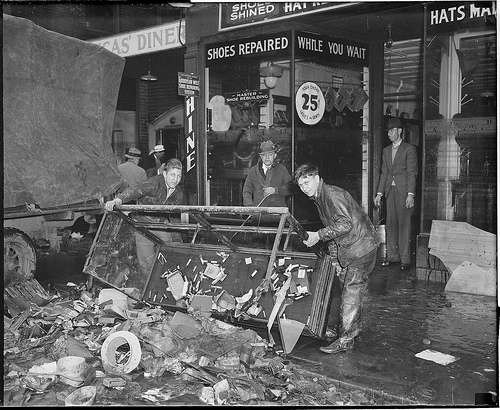 Many small merchants were wiped out. Photo courtesy Boston Public Library, Leslie Jones Collection.