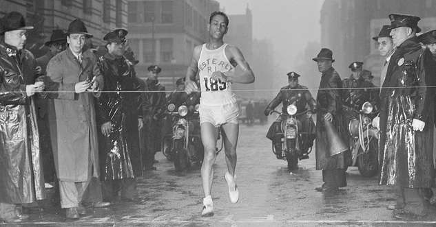 Tarzan Brown winning the 1939 Boston Marathon. Photo courtesy Boston PUblic Library, Leslie Jones Collection.