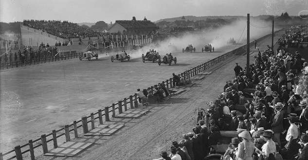 Readville Race Track. Photo courtesy Boston Public Library, Leslie Jones Collection.