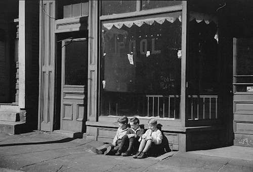Manchester, N.H., probably the French section on the west side. Photo courtesy Library of Congress.