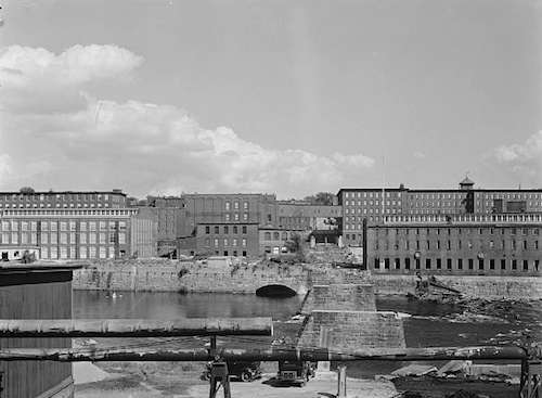 Amoskeag Manufacturing Co. Photo courtesy Library of Congress.