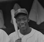 Pumpsie Green: A Standing O for Breaking the Color Barrier