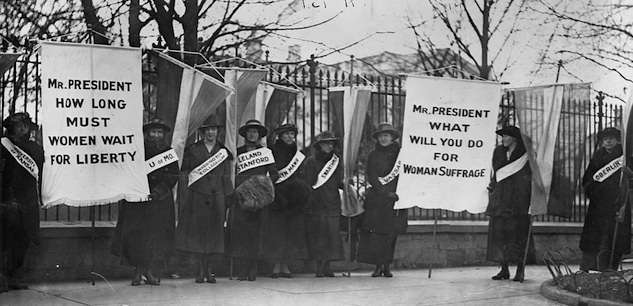 Suffragists picketing the White House. Photo courtesy Library of Congress.