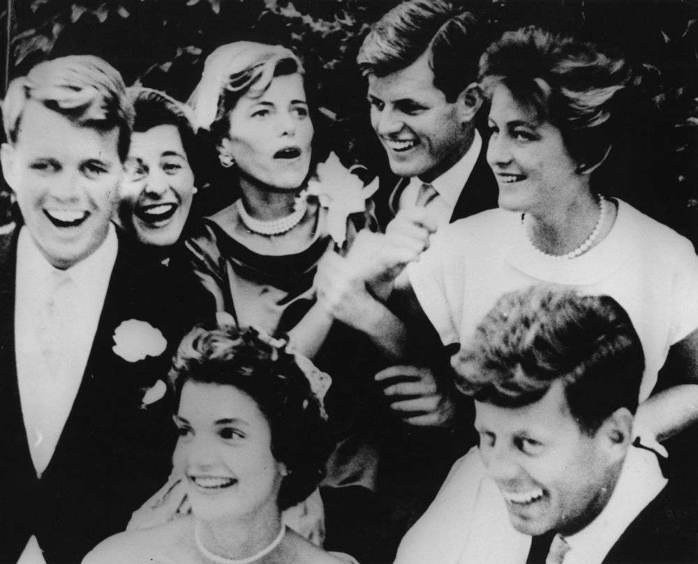 Flashback photo jack and jackie kennedy get married new england clockwise from left robert f kennedy patricia kennedy eunice kennedy shriver junglespirit Gallery