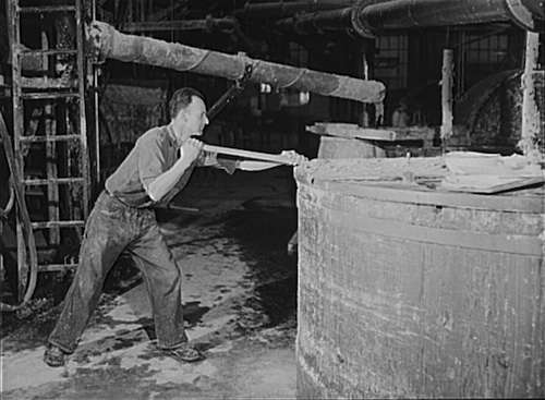 Missisquoi paper mill. Photo courtesy Library of Congress.