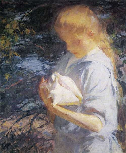 Eleanor Holding a Shell, 1902