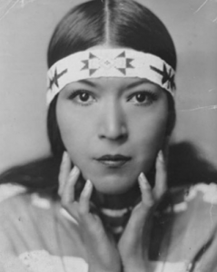indian-women-molly-spotted-elk