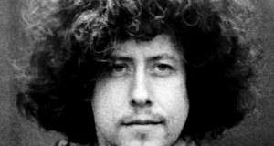 Arlo Guthrie Gets Arrested for Littering
