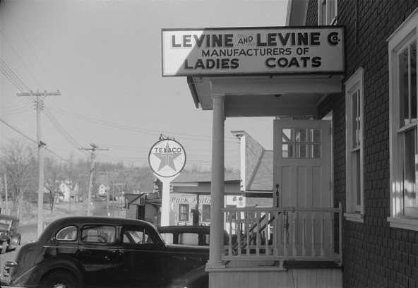 Levine and Levine, Colchester, Conn. Photo courtesy Library of Congress.