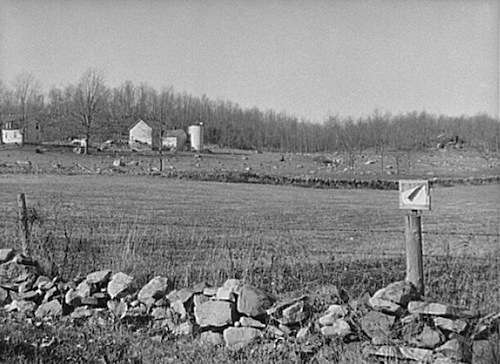 A typical rocky Connecticut farm. Photo courtesy Library of Congress.
