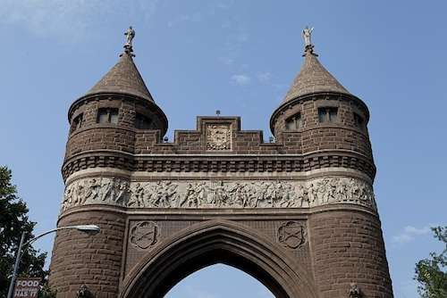 Bushnell Park, Soldiers & Sailors Arch