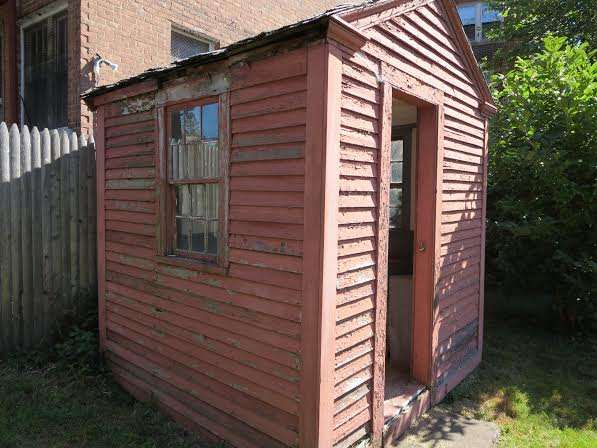 Awe Inspiring Colonial Outhouses Or George Washington Probably Sat Here New Largest Home Design Picture Inspirations Pitcheantrous