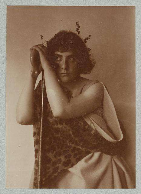 Photograph of Ethel Reed by Fred Holland Day.