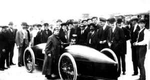 Flashback Photo: Fred Marriott Sets the Steam Speed Record