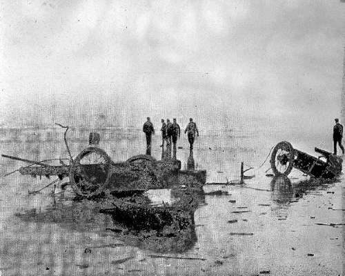 The wreck of the Rocket in 1907.