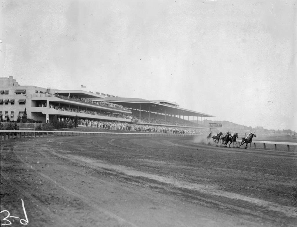 Suffolk Downs, 1936. Photo courtesy Boston Public Library, Leslie Jones Collection.