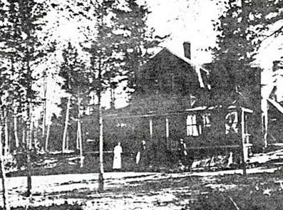 The Small cottage before the fire