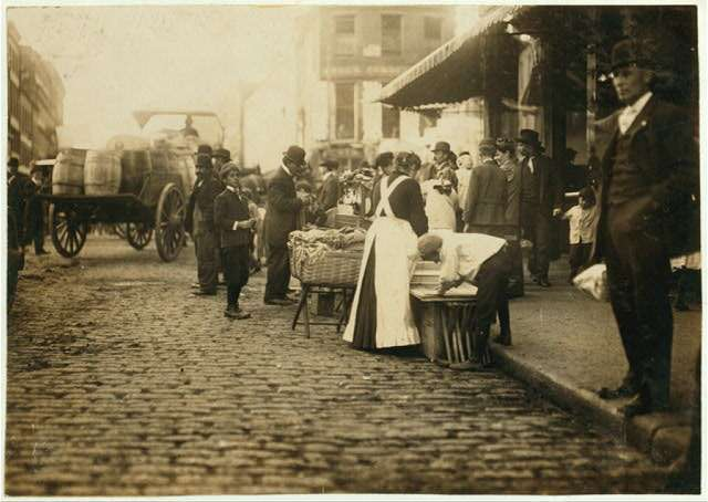 Boston's North End, 1909, by Lewis Wickes Hine. Photo courtesy Library of Congress.