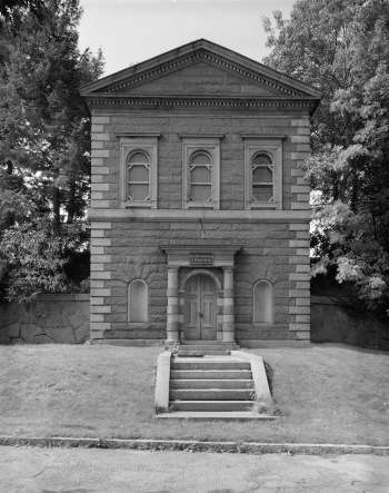 Principal Gatehouse in Brookline. Photo courtesy Library of Congress.