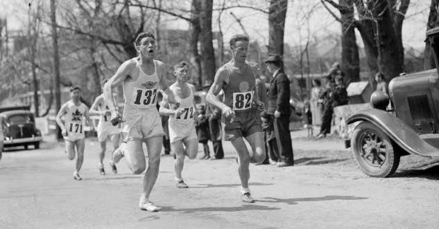 Boston Marathon, circa 1930. Photo courtesy Boston Public Library, Leslie Jones collection.