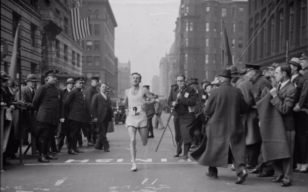 Johnny Kelley winning the 1935 Boston Marathon. Photo courtesy Boston Public Library, Leslie Jones Collection.