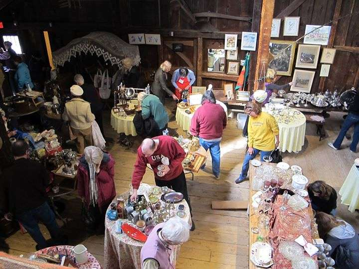 Historic tag sale at the Webb-Deane-Stevens Museum