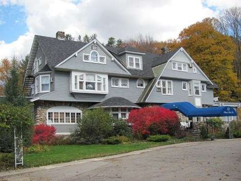 6 Historic Haunted Houses In New England New England