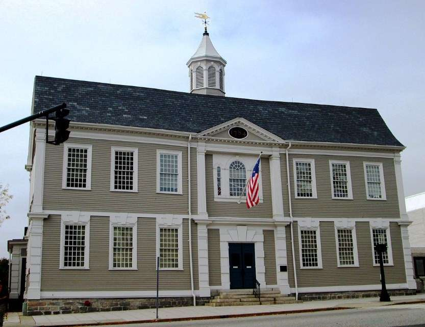 New London County Courthouse