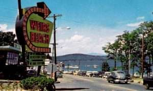 six signs weirs beach