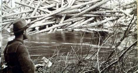 Landing and scaling logs, Aroostook Woods, Maine. (Library of Congress)