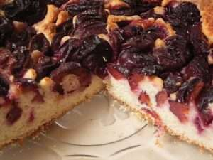 election-cake-with-plums
