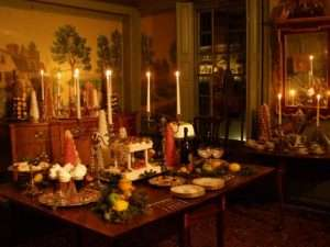holidays-towns-wethersfield-table