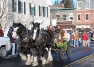 holidays-woodstock-parade