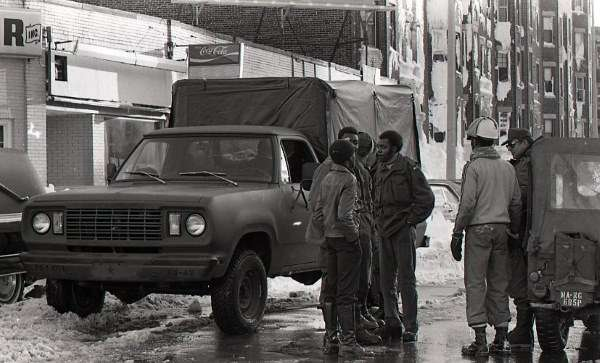 1978-blizzard-cleanup