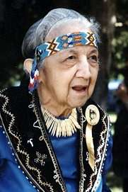 indian-women-gladys-tantaquidgeon