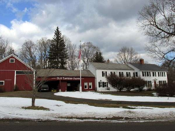 historic-barns-old-tavern