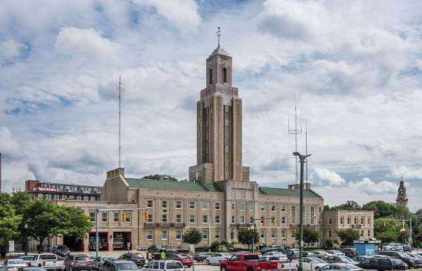 art-deco-pawtucket-city-hall