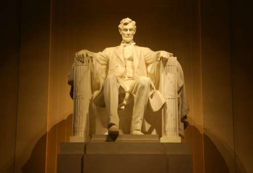 artist-home-lincoln-memorialartist-home-lincoln-memorial
